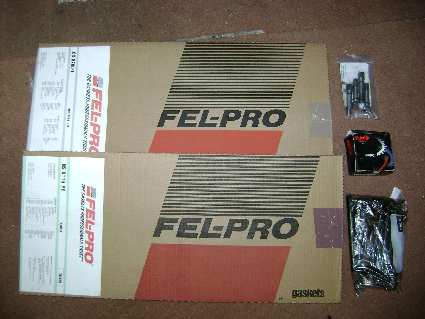 2009-2013 Black with Red Trim Premium Bootmat Connected Essentials CEB650 Car Mat Set for Range